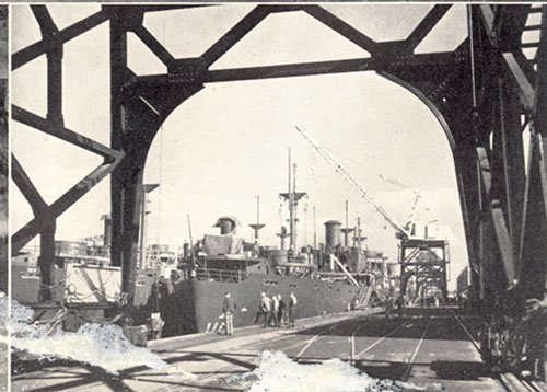1945_Oregon shipyards_A2004-002.2170.jpg