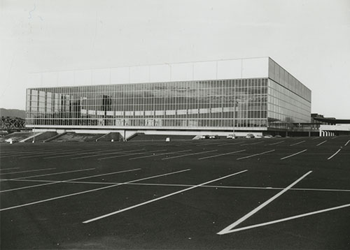 1974_Memorial Coliseum Completed_A2005-005.716.93.jpg