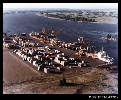 PH T6 1974 4001 00 0044 0.jpg