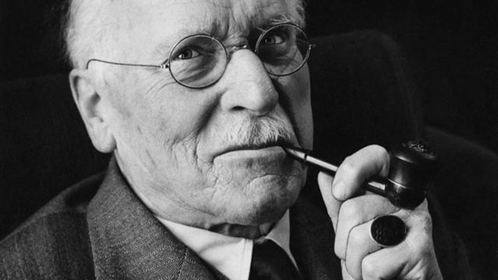 carl-jung-with pipe.jpg