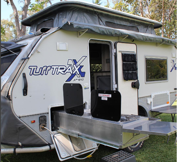 The Jurgens TUFFTRAX is one serious bit of gear. - We took it to Cape York and tackled the OLD TELEGRAPH TRACK. What an absolute beast of a caravan.