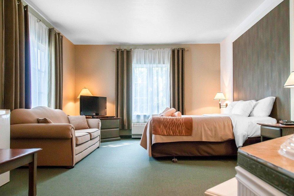 specialty-suite.jpg