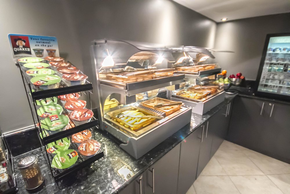 breakfast-display-room.jpg