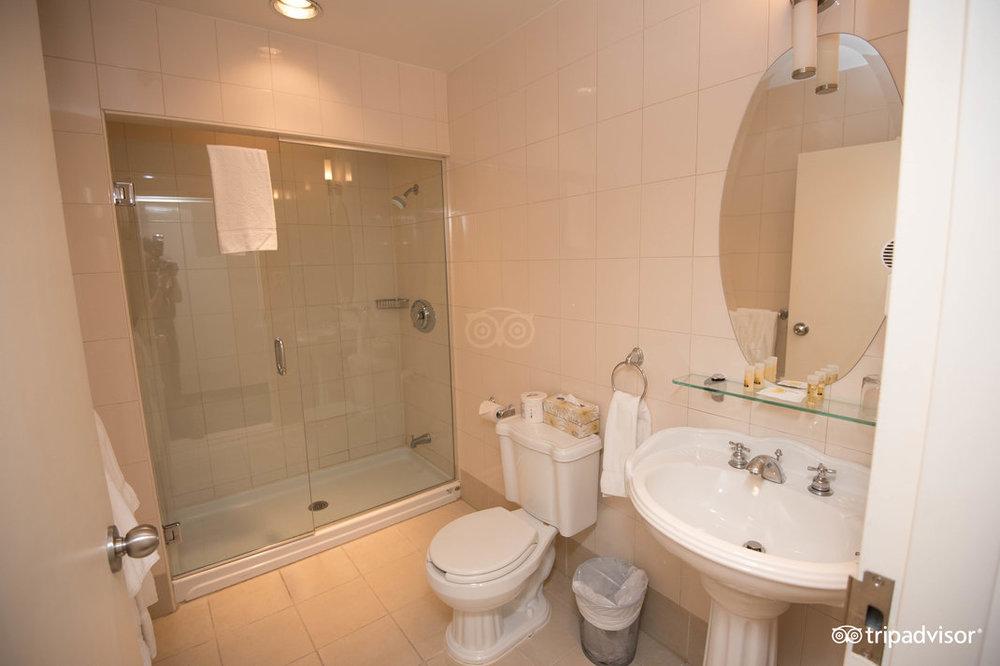 suite--v5246279.jpg