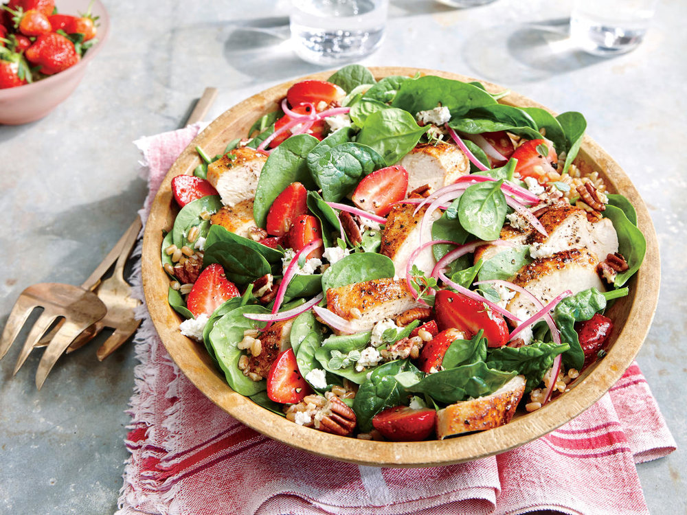 strawberry-chicken-salad-with-pecans.jpg