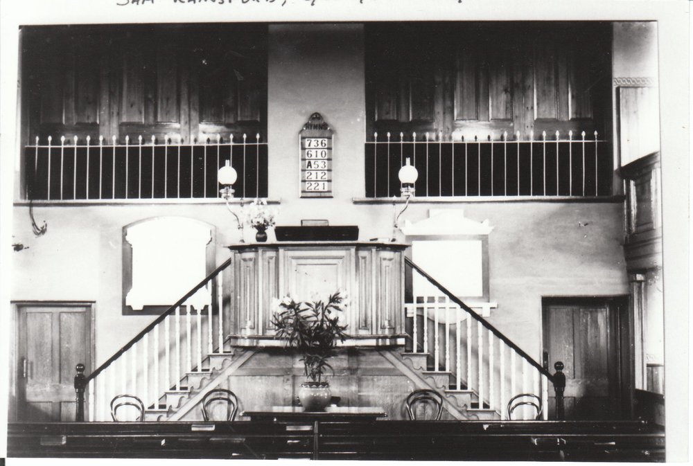 Churchinteriorbefore1930.jpg