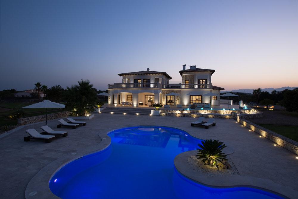 Las Palmeras Real Estate - Poolside BEFORE.jpg