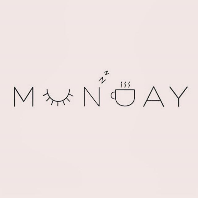 """I hate Monday,"" says no #girlboss ever! New week. New beginnings. 😊 Have a beautiful one 👑 . . . . #monday #naturalsinkc #naturalhair #shrinkage #joyseeker #healthy #braids #teamnatural #hairgoals #hairjourney #4chair #healthyhair #twistout #meetup #kansascity #kc #minitwists #naturalhairgroup #hairgoals #hairtips #haircrush #happyhealthyhair #913 #816 #kcnaturalhair #melanin #blackgirlmagic #blowout"