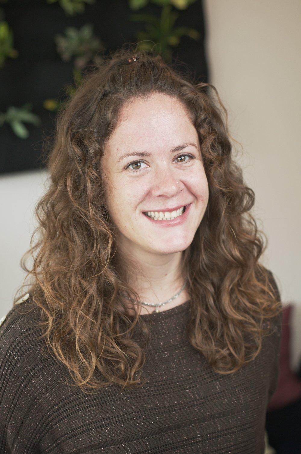 Sara Lyttle RAc Acupuncturist