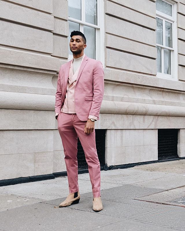 cupid is stupid (but we love him anyway). 💘 so, @postmalone's red carpet look last night is my whole style inspiration this valentine's day. luckily, i ordered this suit from @expressmen on friday and it arrived just in time. how do i look? 🤙🏽 #expressyourlove