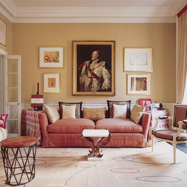 A HOUSE IN LONDON House In Chelsea Mixing Pastel Palettes With Earth Tones To Serve