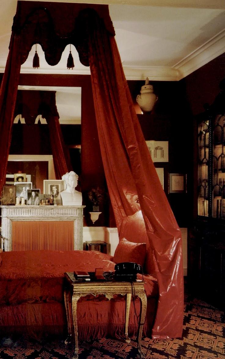 David Hicks Interior Designer Albany Canopy Bedroom