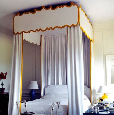 DAVID HICKS INTERIOR DESIGNER CANOPY BED BRITWELL HOUSE BEDROOM