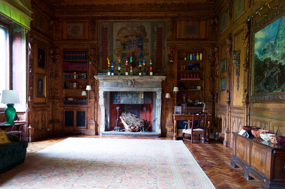 MANTELPIECE TOTEMS AT CASA DEGLI ATELLANI   As part of the Passegiata exhibition, curated by Martina Mondadori Sartogo of Cabana Magazine and sponsored by Airbnb, Ashley was invited to create a group of his  totem sculptures  to display on the fireplace of this famous house's main drawing room, created in 1922 from 16th century elements by the great Milanese architect Piero Portaluppi.
