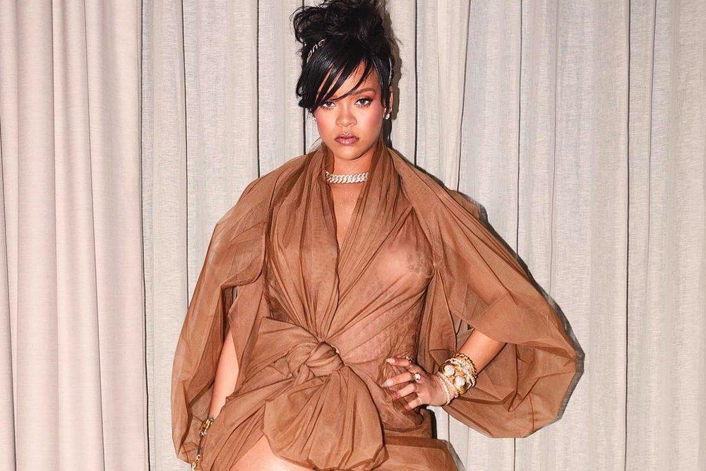rihanna-savage-x-fenty-lingerie-brand-underwear-bra-teaser-video-preview-1.jpg