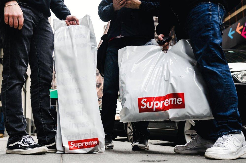 https___hypebeast.com_image_2019_04_new-york-plastic-single-use-bag-ban-law-1-1.jpg