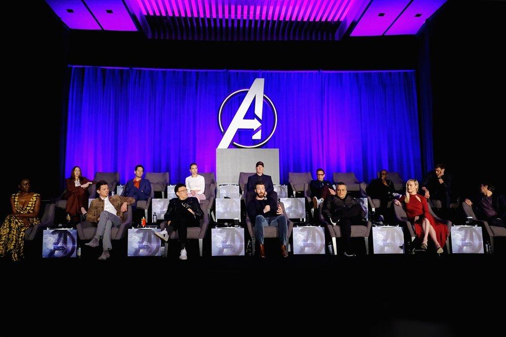 https___hypebeast.com_image_2019_04_avengers-endgame-press-conference-empty-seats-001-1.jpg