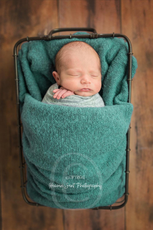 dawson_newborn (36 of 75).jpg