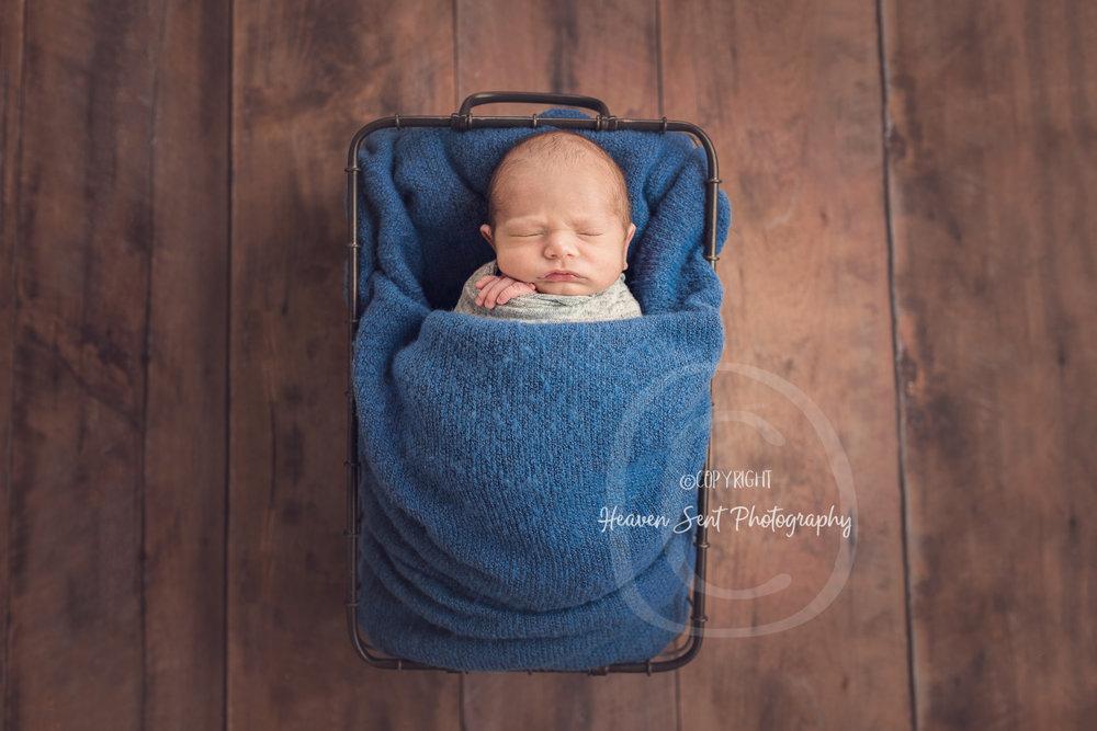 dawson_newborn (38 of 75).jpg