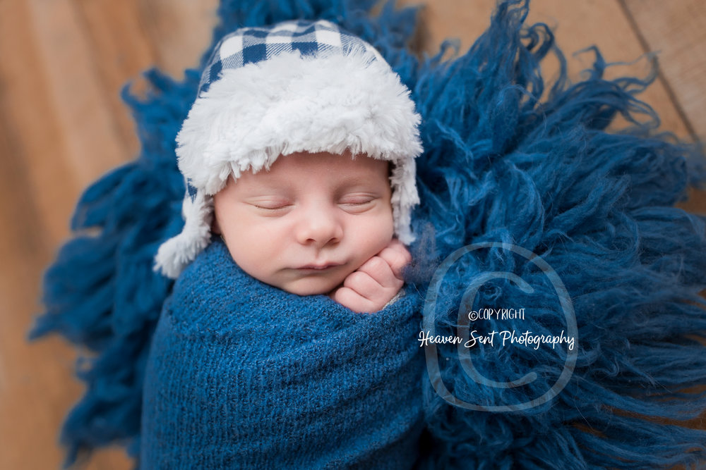 landon_newborn (24 of 48).jpg