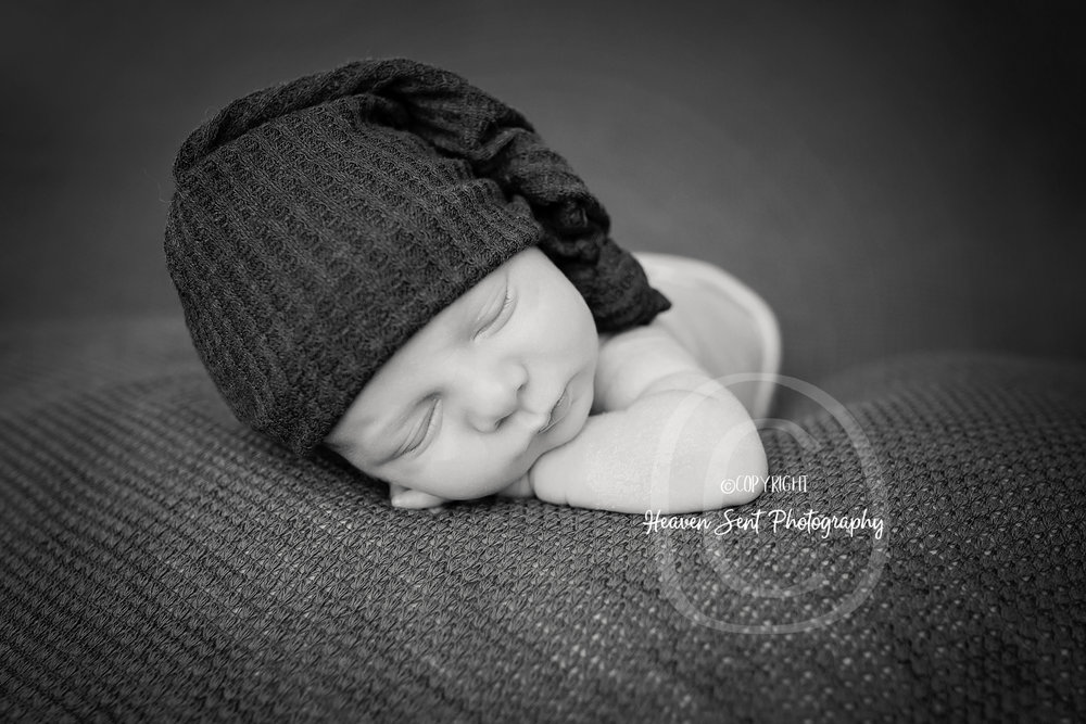landon_newborn (36 of 48).jpg