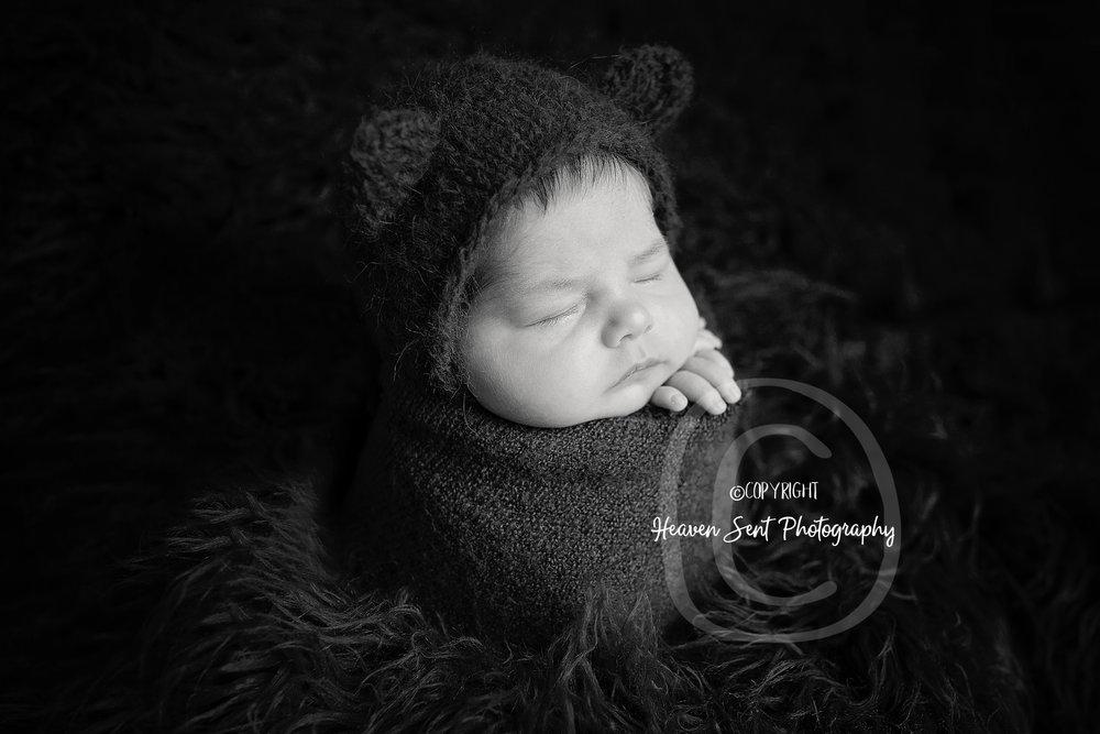 wyatt_newborn (28 of 66).jpg