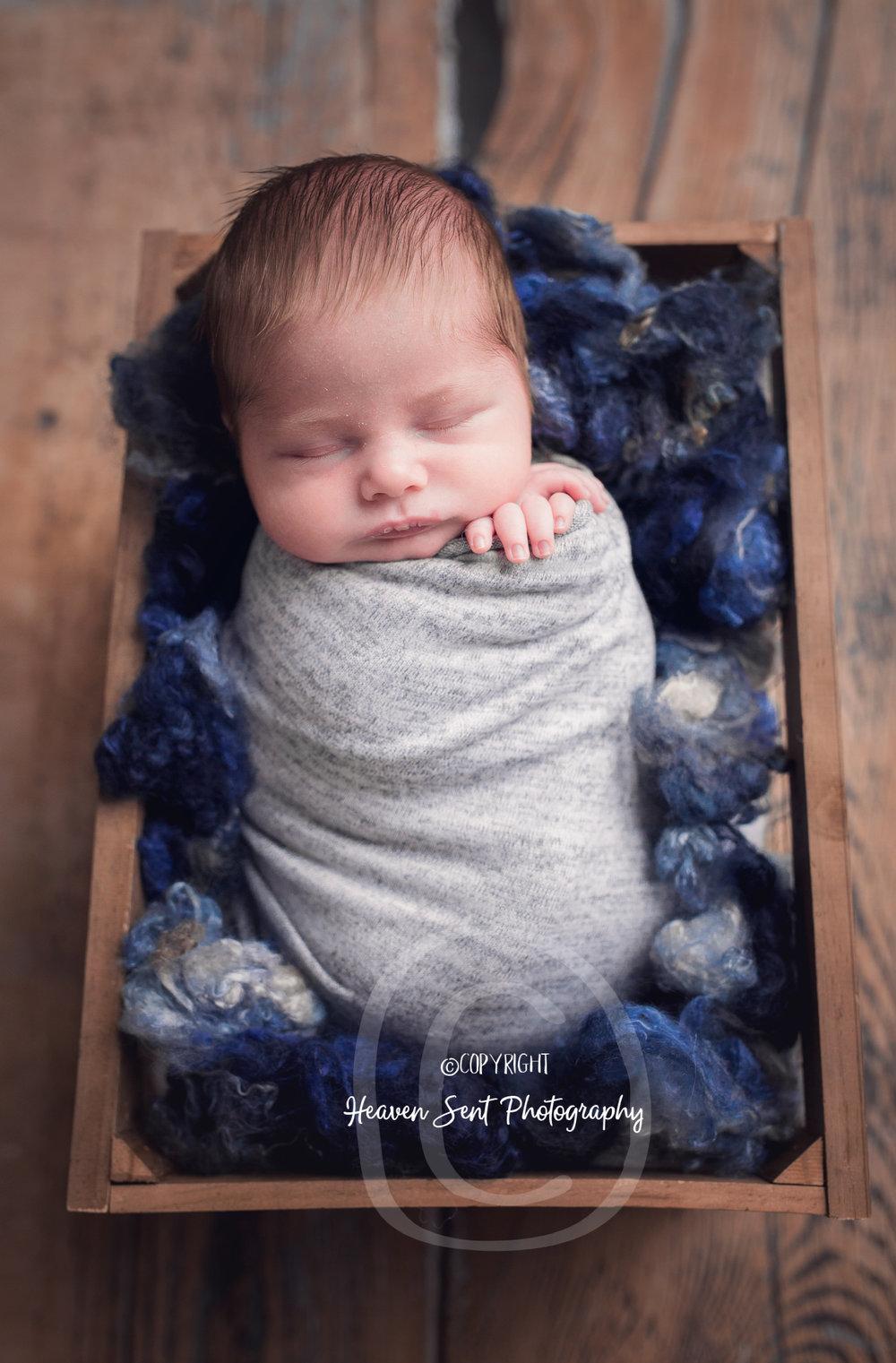 wyatt_newborn (38 of 66).jpg