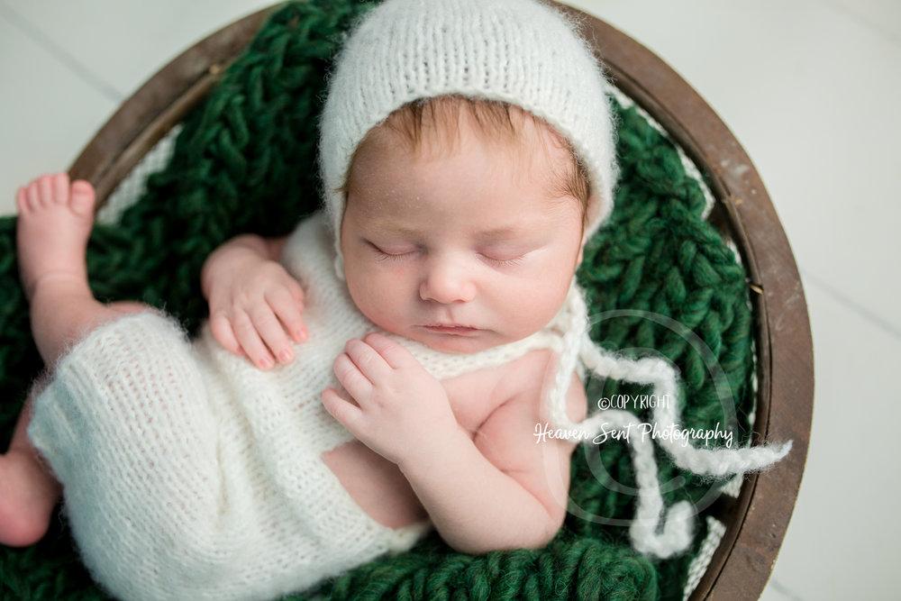 wyatt_newborn (63 of 66).jpg