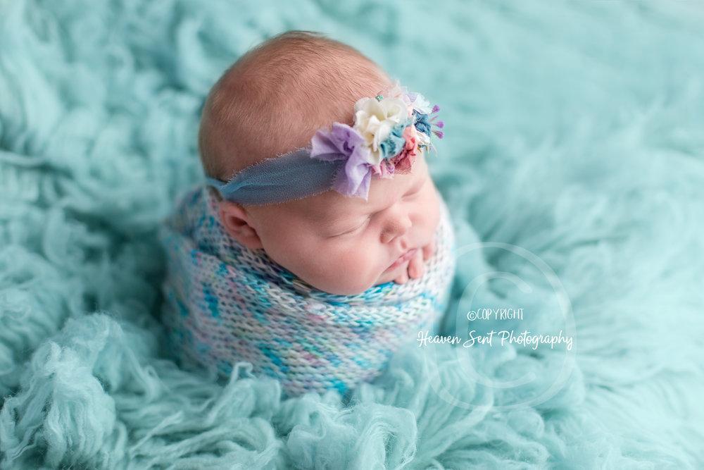 cora_newborn (2 of 61).jpg