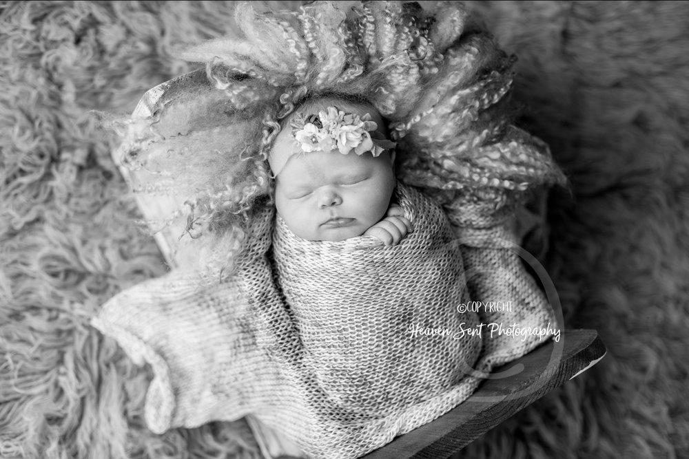 cora_newborn (12 of 61).jpg