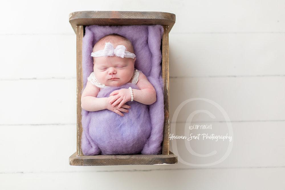 cora_newborn (16 of 61).jpg