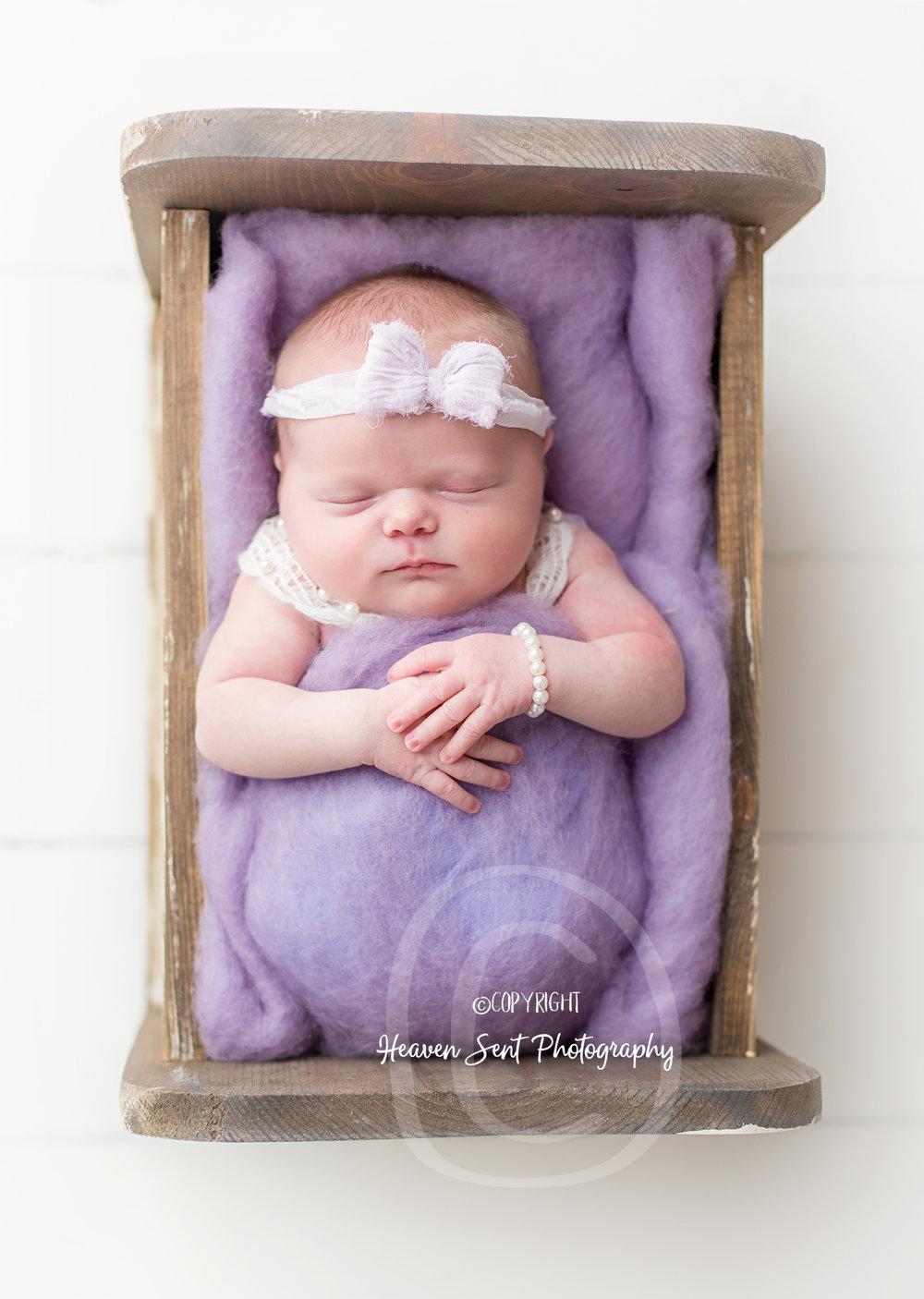cora_newborn (19 of 61).jpg