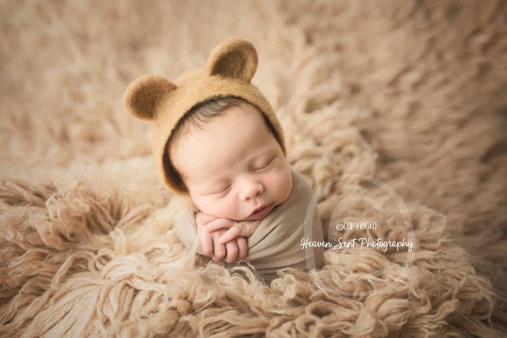leo_newborn (7 of 52).jpg