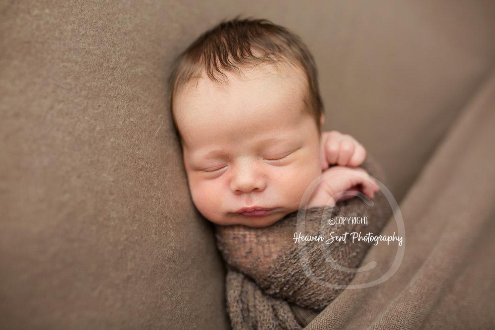 leo_newborn (8 of 52).jpg
