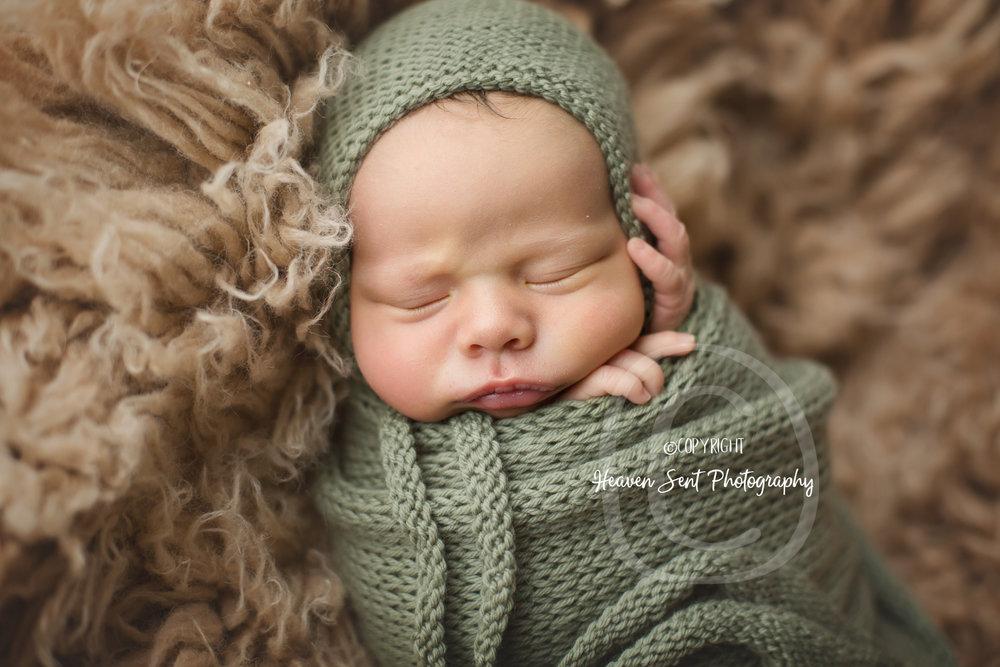 leo_newborn (12 of 52).jpg