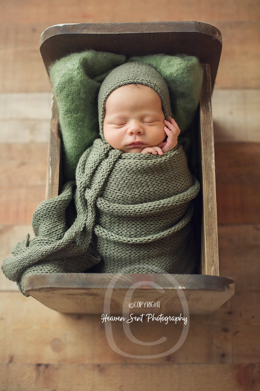 leo_newborn (13 of 52).jpg