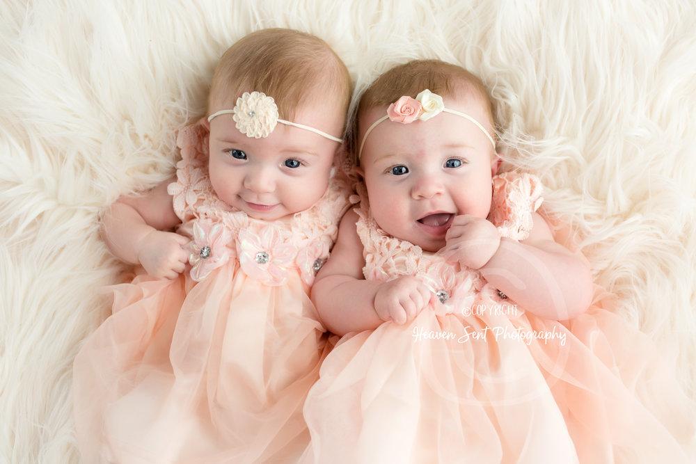 twins_6months_8787-2 edit.jpg