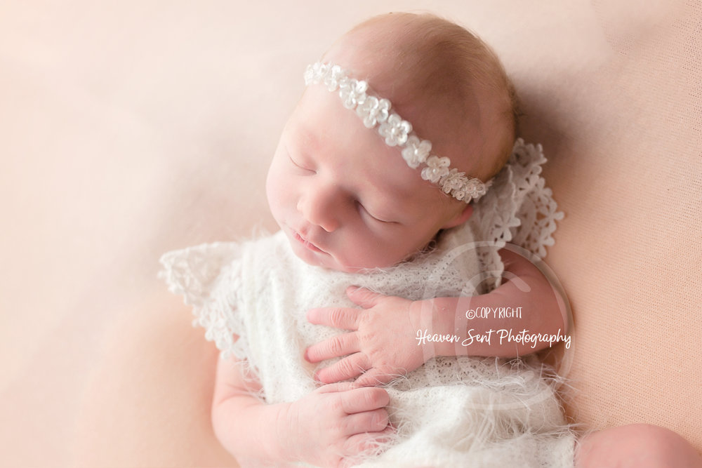 zoey_newborn (20 of 44).jpg