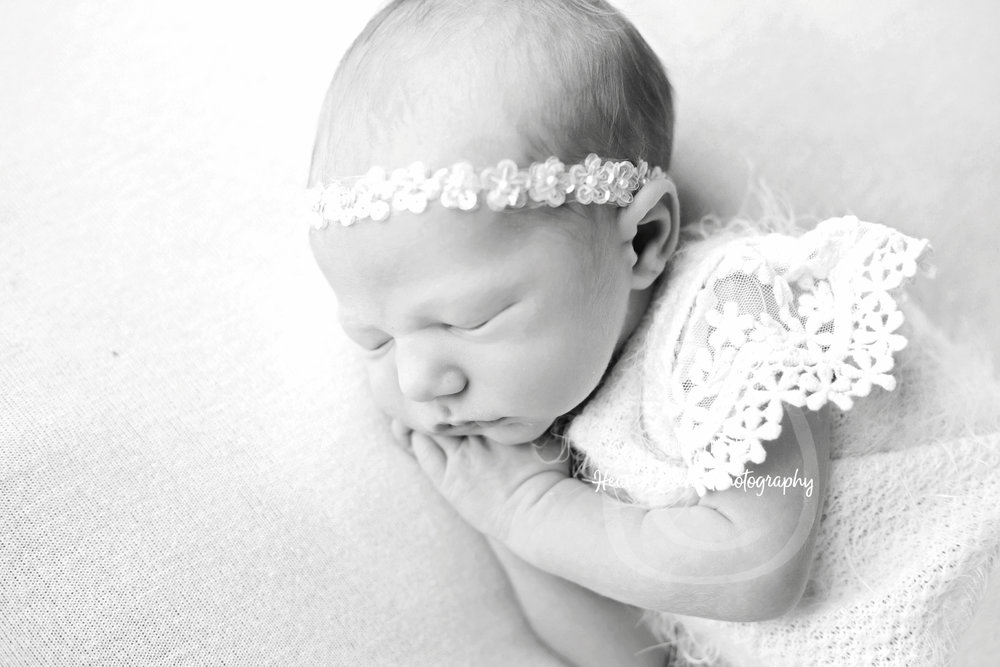 zoey_newborn (24 of 44).jpg