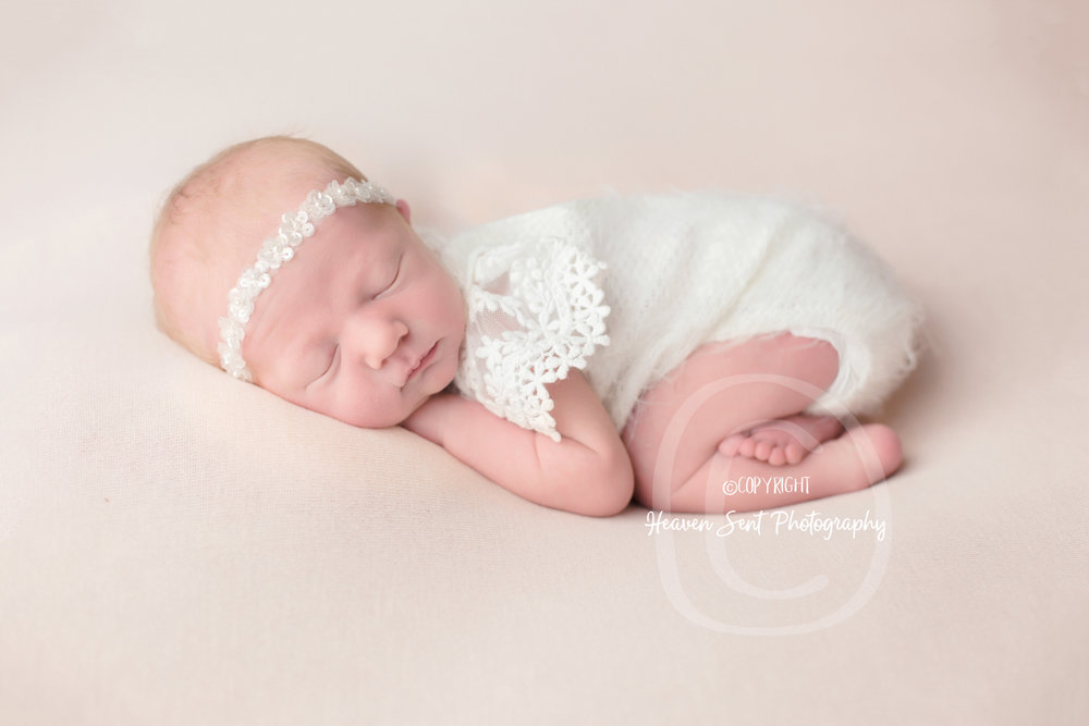 zoey_newborn (27 of 44).jpg
