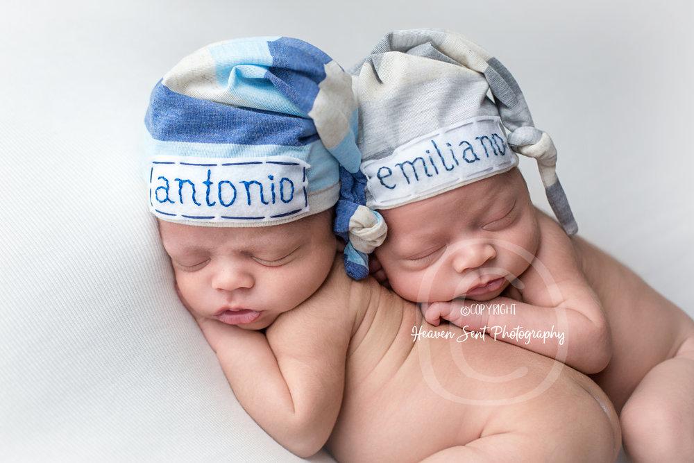 twins (36 of 42).jpg