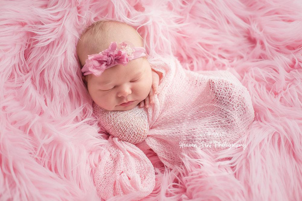 ann_newborn (15 of 53).jpg