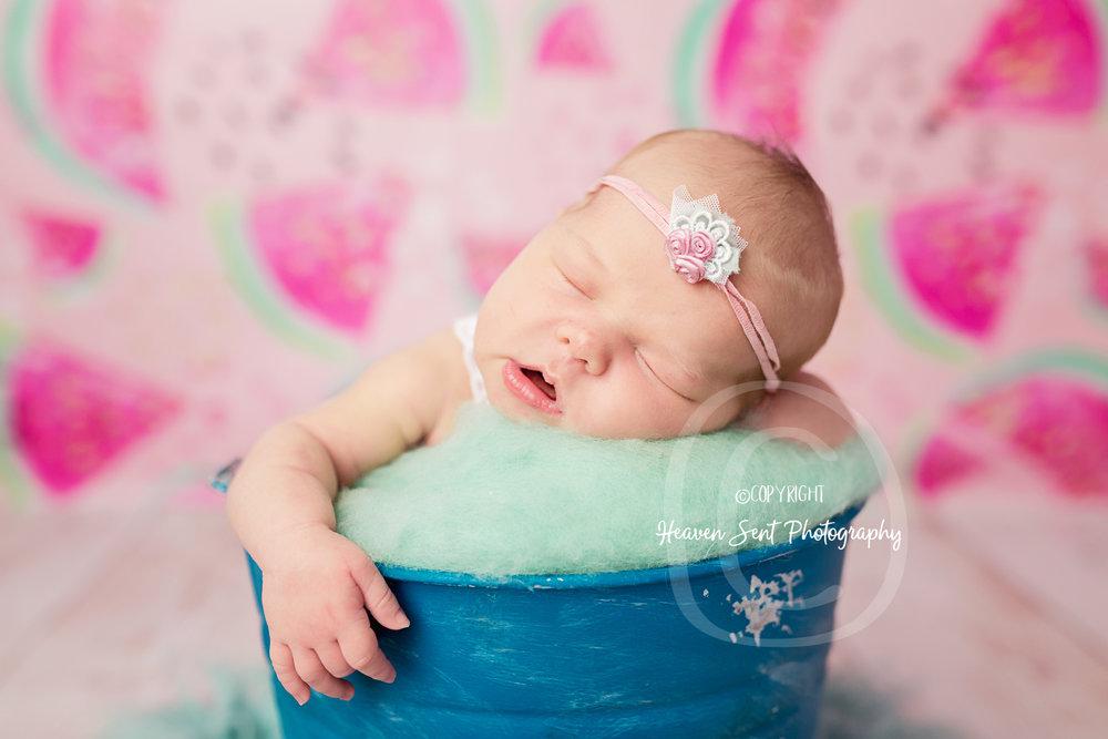 ann_newborn (25 of 53).jpg