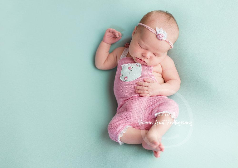 ann_newborn (33 of 53).jpg