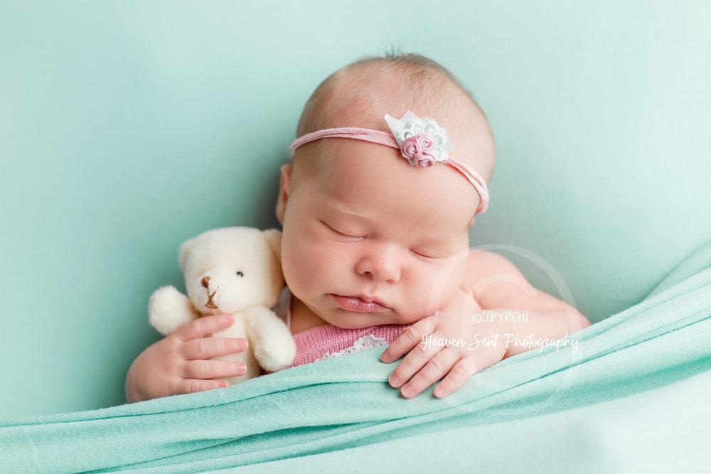 ann_newborn (38 of 53).jpg