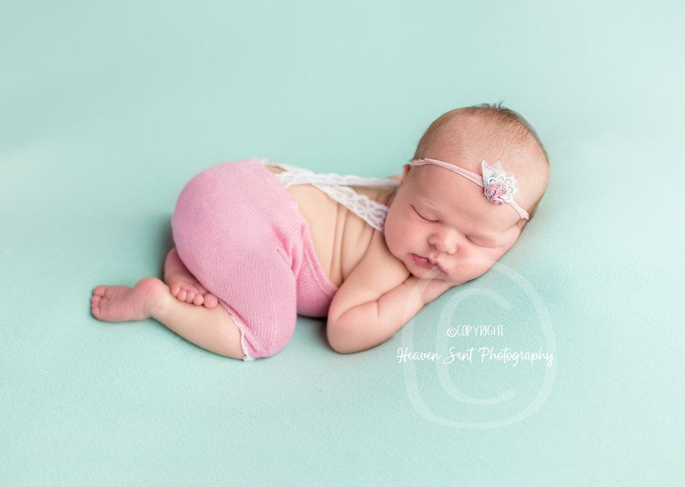 ann_newborn (42 of 53).jpg