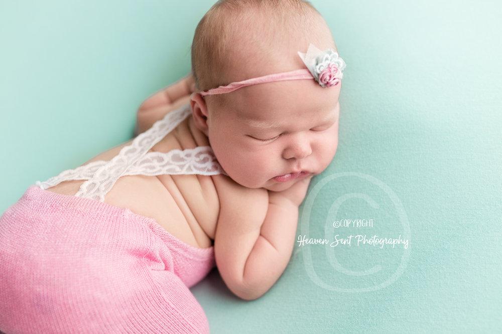 ann_newborn (43 of 53).jpg