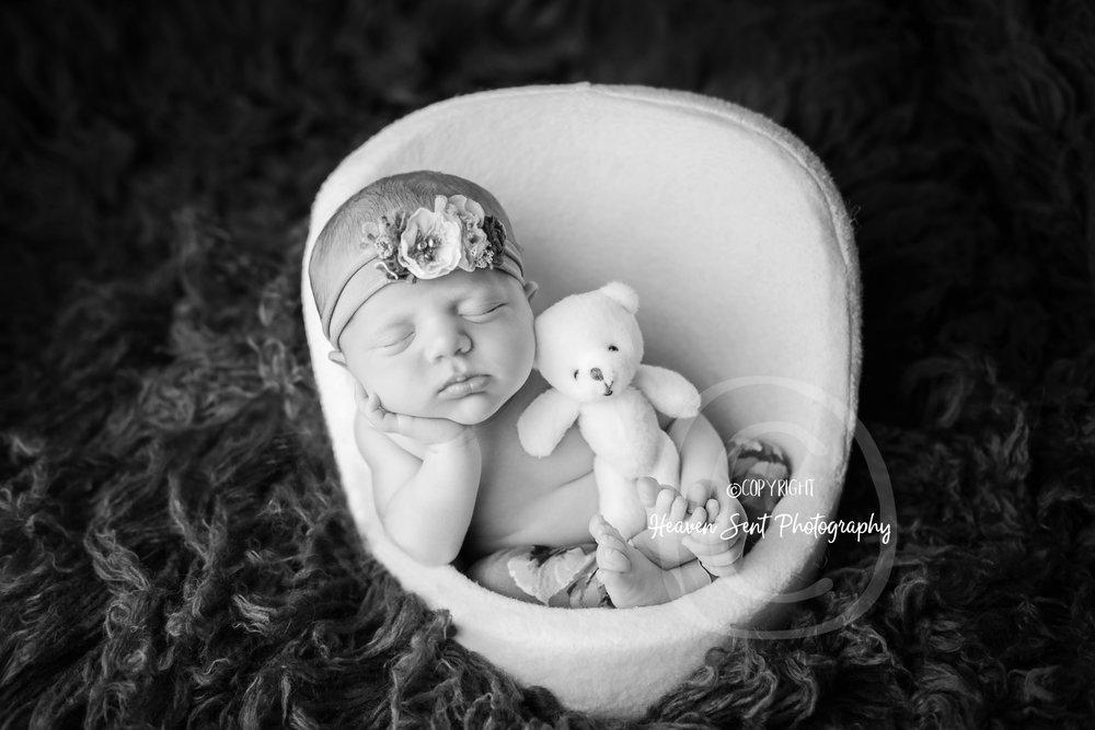 natalie_newborn (23 of 33).jpg