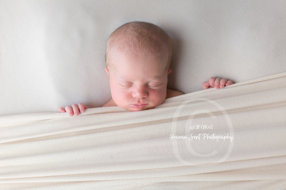 natalie_newborn (29 of 33).jpg