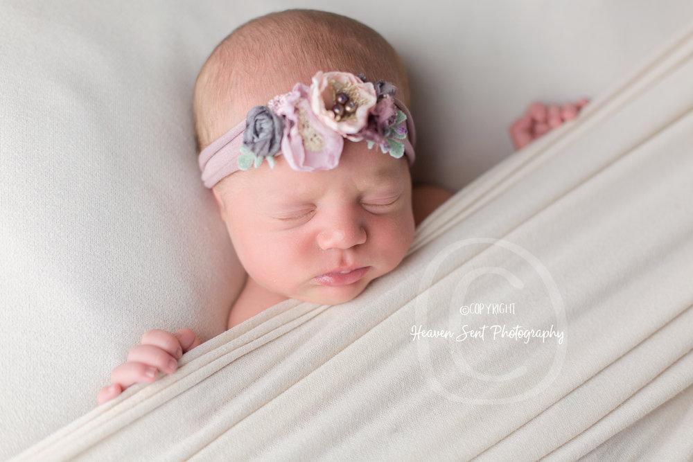 natalie_newborn (31 of 33).jpg